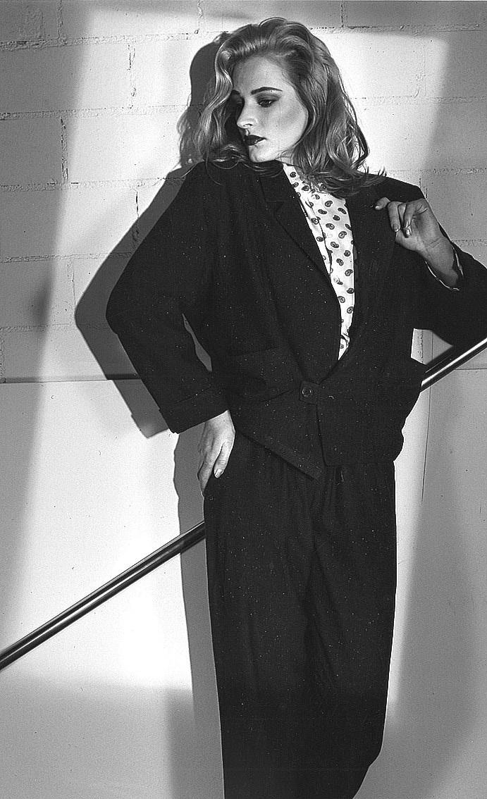 Heli Vaarasen kansainvälinen mallinura jatkui vuoteen 1987, jonka jälkeen hän jatkoi mallin töitä Suomessa aina vuoteen 2008 asti. Kuvan on ottanut Pekka Nuikki.